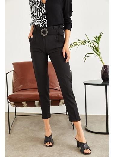 Sortee Kadın Kemerde Toka Detay Pantolon  Siyah